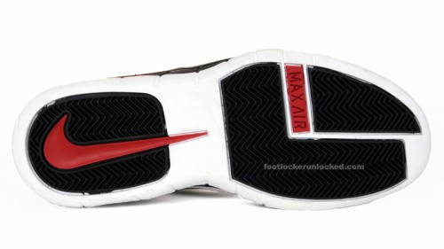 air-max-rise-whiteblackvarsity-red-7