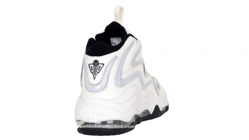 nike-air-pippen-whtblackmts-3