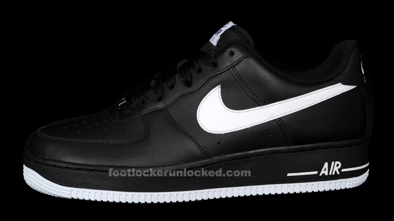 white and black nike air force 1