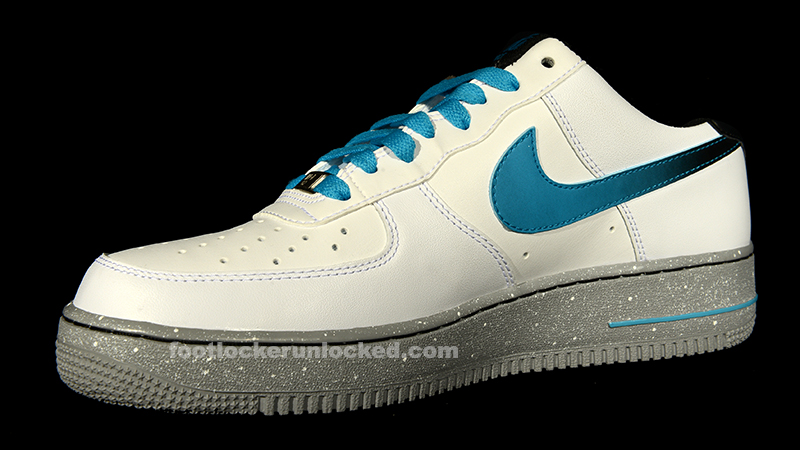 39a28aec956 ... Blue Nike Air Force 1 Low Speckled Pack – Foot Locker Blog ...