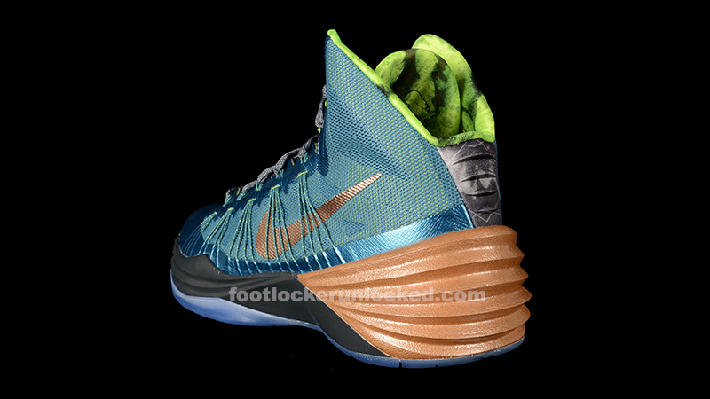 The Nike Hyperdunk 2013 Kyrie Irving PE drops on Saturday  August 31st    Kyrie Irving Shoes Hyperdunks