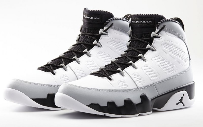 Air Jordan 9 Barrons Rétro Coffres Bas