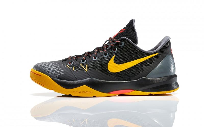 FL_Unlocked_Nike_Zoom_Kobe_Venomenon_4_Black_Gold_02