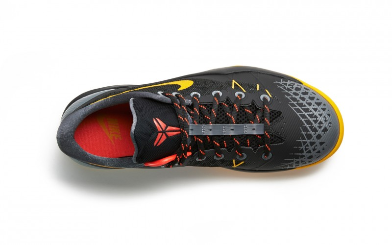 FL_Unlocked_Nike_Zoom_Kobe_Venomenon_4_Black_Gold_04