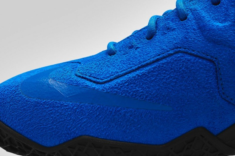 This release will also be available on Footlocker.com starting at 8am ...