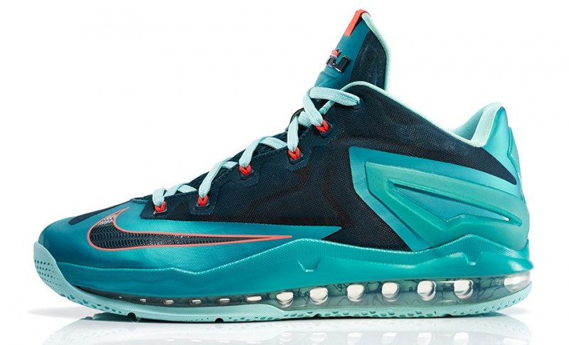 FL_Unlocked_Nike_LeBron_11_Max_Low_Turbo_Green_02