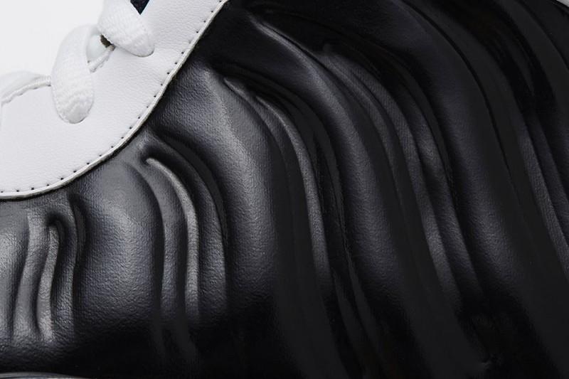 FL_Unlocked_Nike_Air_Foamposite_One_Black_White_04