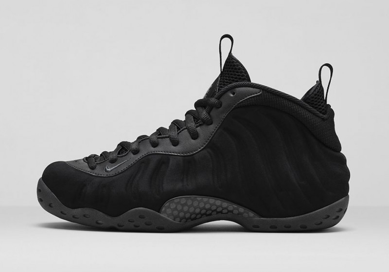 FL_Unlocked_FL_Unlocked_Nike_Air_Foamposite_One_Triple_Black_02