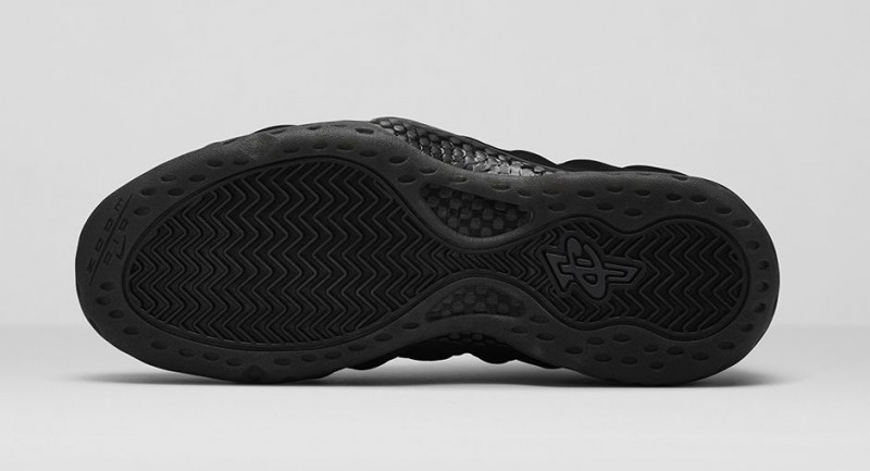 FL_Unlocked_FL_Unlocked_Nike_Air_Foamposite_One_Triple_Black_04