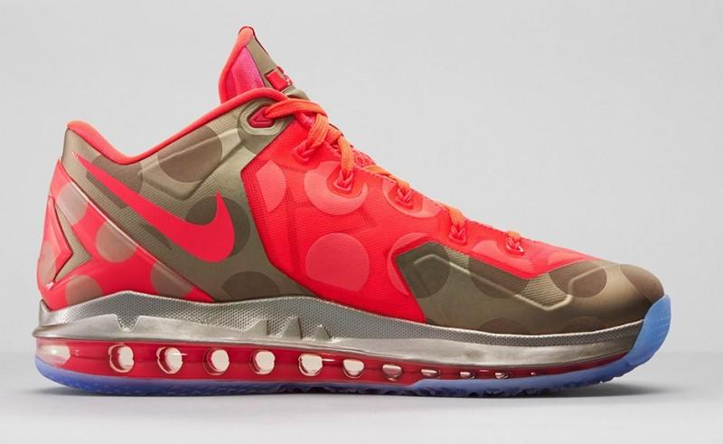 FL_Unlocked_FL_Unlocked_Nike_LeBron_11_Low_Hyper_Punch_04