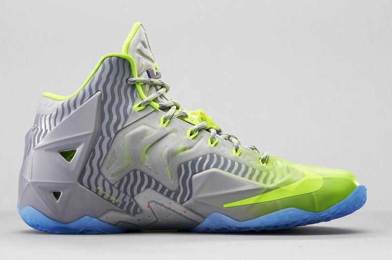 FL_Unlocked_FL_Unlocked_Nike_LeBron_11_Metallic_Luster_04