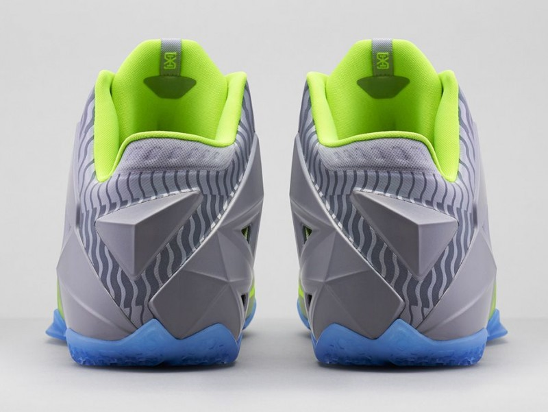FL_Unlocked_FL_Unlocked_Nike_LeBron_11_Metallic_Luster_06