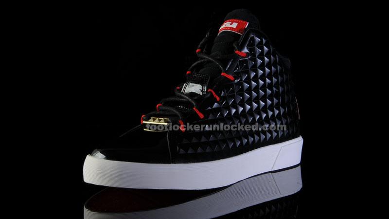 Foot_Locker_Unlocked_Nike_LeBron_12_NSW_Black_Red_3