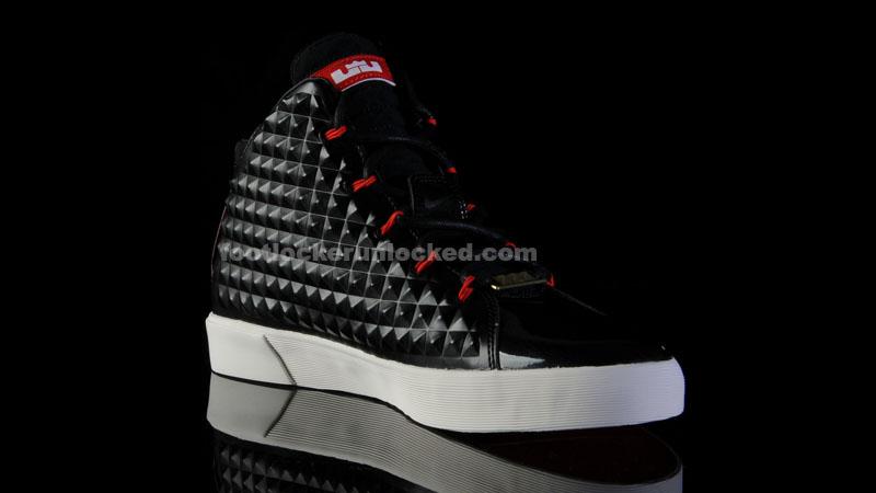 team basketball shoes lebron 12 nsw