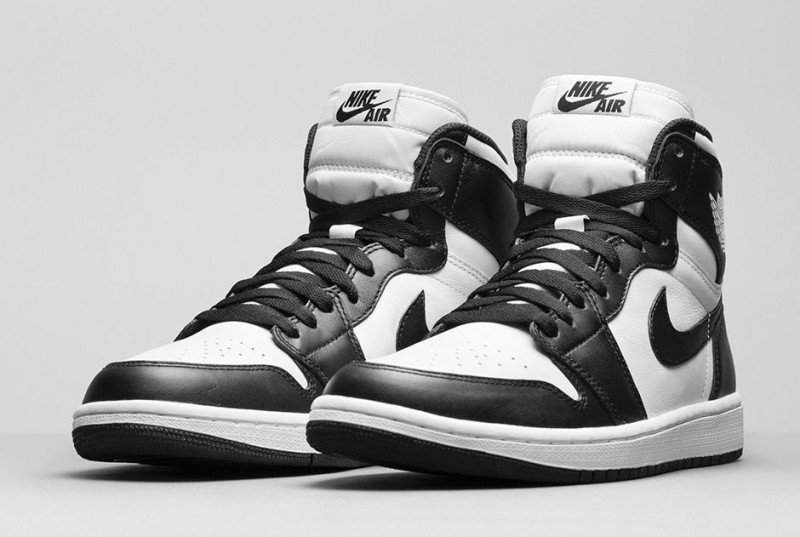 air jordan 1 retro high og black/white footlocker