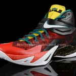 Foot_Locker_Unlocked_Nike_LeBron_Zoom_Soldier_8_Christmas_3