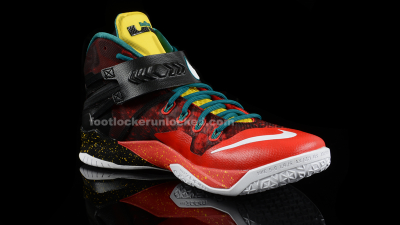 Foot_Locker_Unlocked_Nike_LeBron_Zoom_Soldier_8_Christmas_5