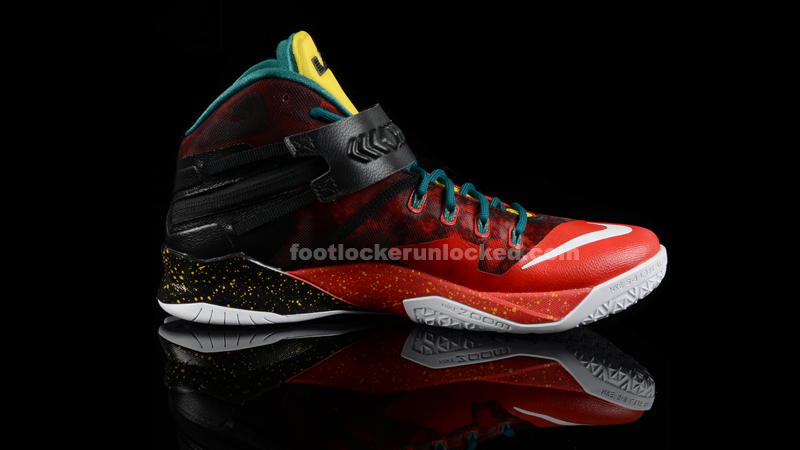 Foot_Locker_Unlocked_Nike_LeBron_Zoom_Soldier_8_Christmas_6