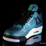Foot-Locker-Air-Jordan-4-Retro-Teal-4