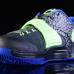 Foot-Locker-Nike-KD-VII-Electric-Eel-4
