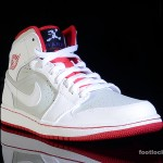 Foot-Locker-Air-Jordan-1-Mid-Hare-3