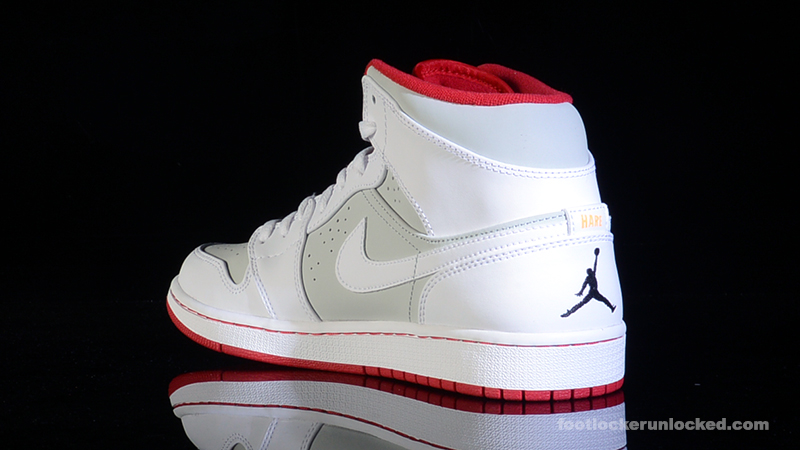 Nike Air Jordan 1 Mid Foot Locker