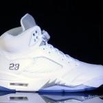 Foot-Locker-Air-Jordan-5-Retro-Metallic-Silver-2