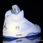 Foot-Locker-Air-Jordan-5-Retro-Metallic-Silver-6
