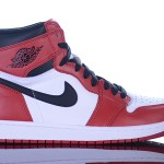 Foot-Locker-Air-Jordan-1-Retro-High-OG-2