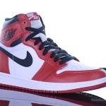 Foot-Locker-Air-Jordan-1-Retro-High-OG-3