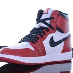 Foot-Locker-Air-Jordan-1-Retro-High-OG-4
