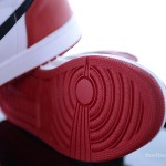 Foot-Locker-Air-Jordan-1-Retro-High-OG-7