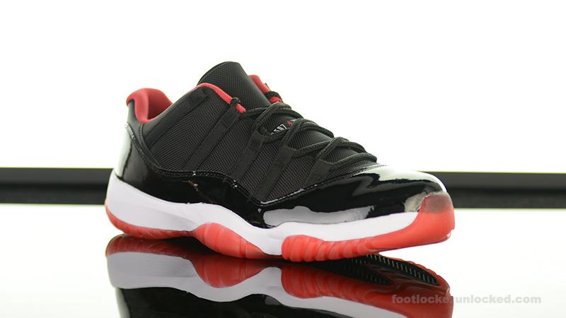foot locker air jordan 11 bred low on feet