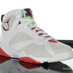Foot-Locker-Air-Jordan-7-Retro-Hare-3