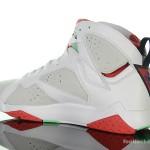 Foot-Locker-Air-Jordan-7-Retro-Hare-5