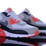 Foot-Locker-Nike-Air-Max-90-OG-Infrared-1