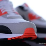 Foot-Locker-Nike-Air-Max-90-OG-Infrared-7