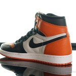 Foot-Locker-Air-Jordan-1-Retro-Shattered-Backboard-5