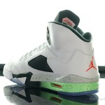 Foot-Locker-Air-Jordan-5-Retro-Poison-Green-5