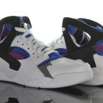 Foot-Locker-Nike-Air-Flight-Huarache-OG-1