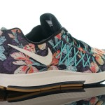 Foot-Locker-Nike-Air-Zoom-Pegasus-32-Photosynthesis-6