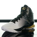 Foot-Locker-Under-Armour-Curry-One-MVP-4