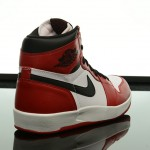 Foot-Locker-Air-Jordan-1-5-The-Return-6