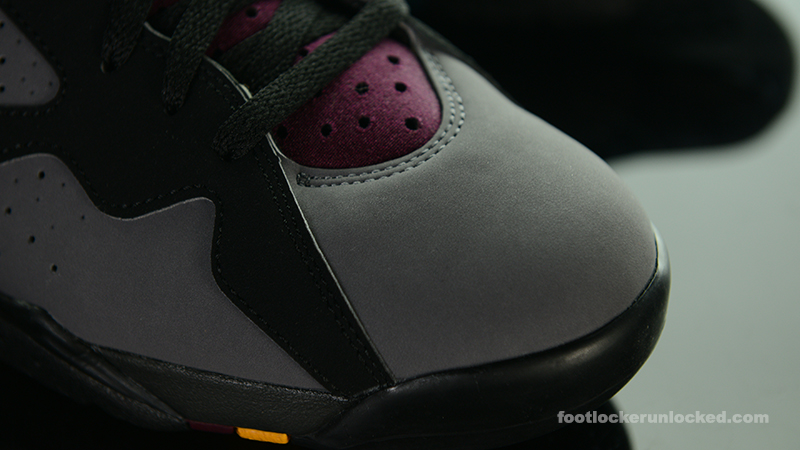 Foot-Locker-Air-Jordan-7-Retro-Bordeaux-8