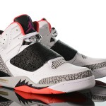 Foot-Locker-Jordan-Son-Of-Mars-Hot-Lava-1