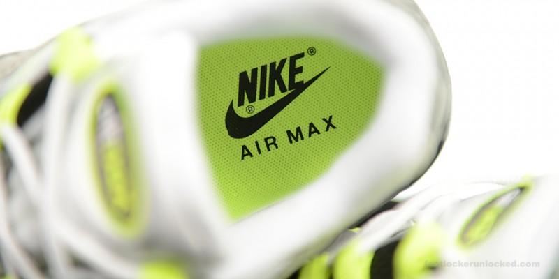 Foot-Locker-Nike-Air-Max-95-OG-11