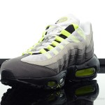 Foot-Locker-Nike-Air-Max-95-OG-4