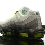 Foot-Locker-Nike-Air-Max-95-OG-5