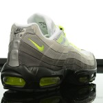 Foot-Locker-Nike-Air-Max-95-OG-6