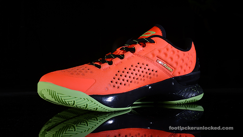 Foot-Locker-Under-Armour-Curry-One-Low-UAA-Finals-4